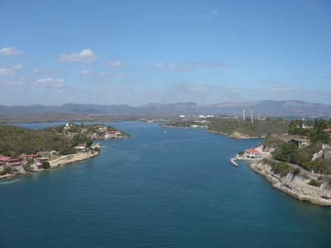 ciencia de cuba_contaminación de la bahía de santiago de cuba
