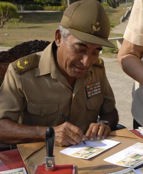 ciencia de cuba_ciencia cubana_Héroe de la República de Cuba Arnaldo Tamayo Méndez_6