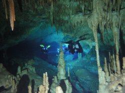 ciencia de cuba_ciencia cubana_Espeleobuceo en Cuba_cavernas inundadas en cuba