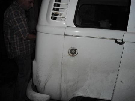 Coño cuál de todos los orientales que llevo me robó la tapa al tanque de gasolina????