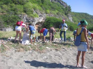 ciencia de cuba_portal de la ciencia cubana_niños y educación ambiental en cuba_limpieza de las costas de santiago de cuba (13)