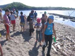 ciencia de cuba_portal de la ciencia cubana_niños y educación ambiental en cuba_limpieza de las costas de santiago de cuba (17)