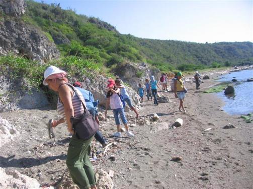 ciencia de cuba_portal de la ciencia cubana_niños y educación ambiental en cuba_limpieza de las costas de santiago de cuba (3)