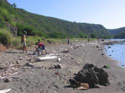 ciencia de cuba_portal de la ciencia cubana_niños y educación ambiental en cuba_limpieza de las costas de santiago de cuba (9)