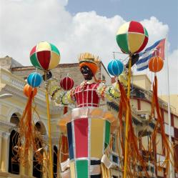 carnaval santiago de cuba 2013_totems (2)