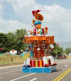 carnaval santiago de cuba 2013_totems (3)