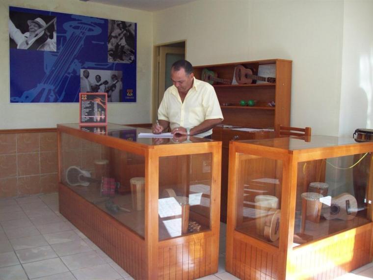 tienda_instrumentos_sindo_garay
