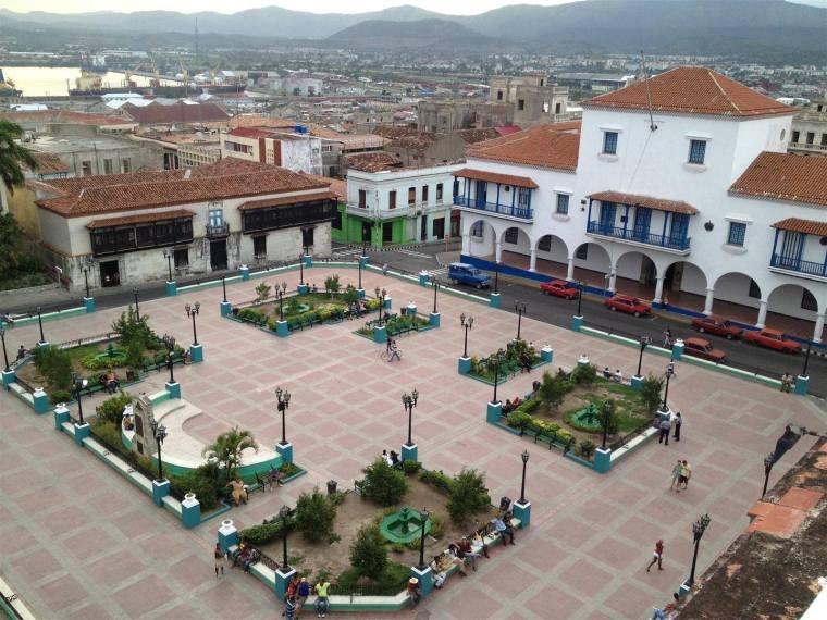 parque cespedes_500 aniversario de santiago de cuba