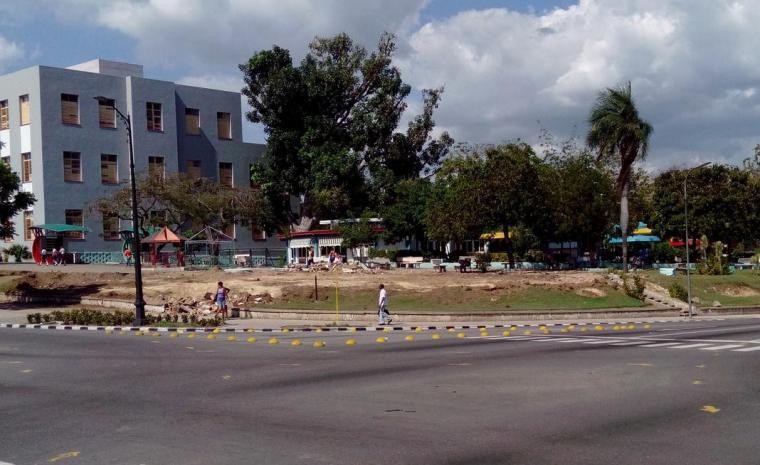 construccion_fuente_santiago de cuba_area monumental 26 de julio