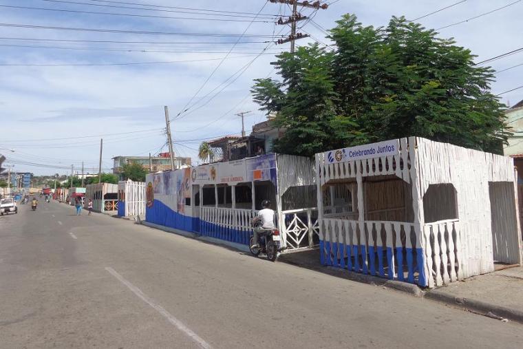 quioscos kioskos_carnaval santiago de cuba 2015