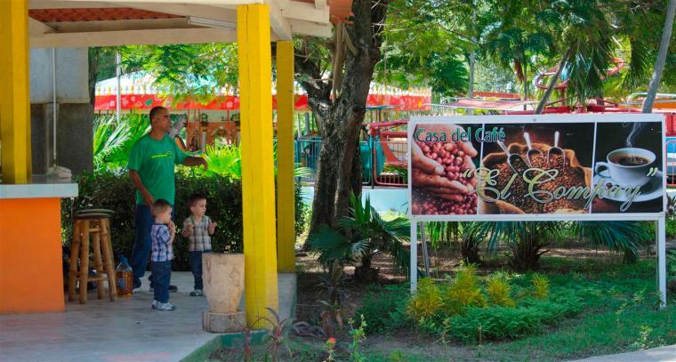 gastronomia_parque de diversiones_santiago de cuba_foto J. Loo Vazquez