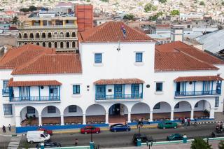 ayuntamiento_santiago de cuba_mirador catedral_foto J. Loo Vázquez