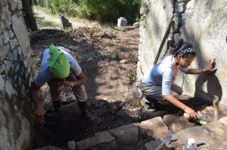 Trabajos arqueológicos en la antigua hacienda Santa Paulina.